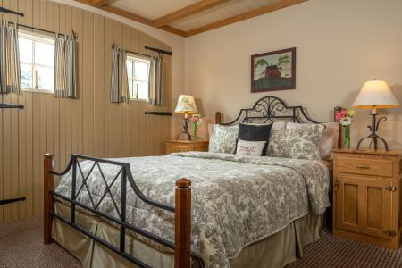 Country Homestead Suites