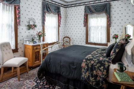 Leaman Room